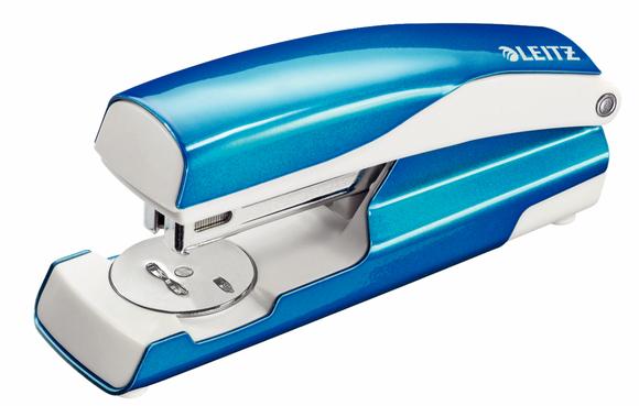 Leitz WOW Zımba Makinesi 30 Sayfa Kapasiteli Metalik Mavi 5502-36