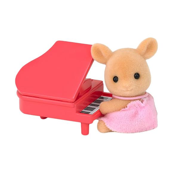 Sylvanian Families Geyik Bebek ve Piyano ESE5138