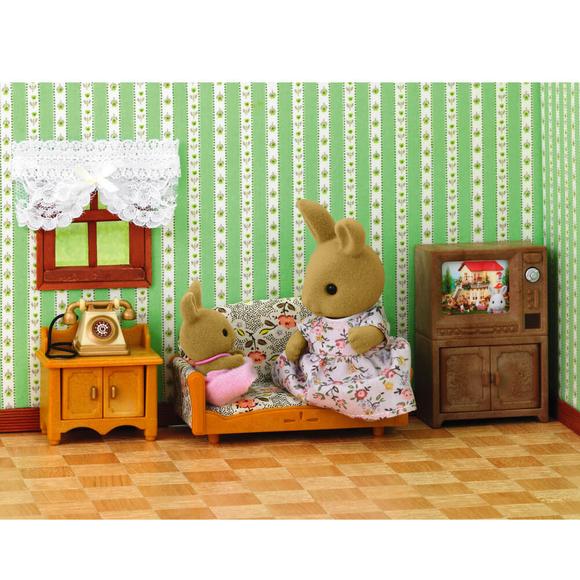 Sylvanian Families Tavşan Anne ve Salon Takımı ESE1702